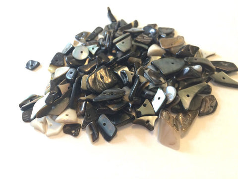 SALE! 850 Pieces of Black Shell Beads - A half pound of Metallic Chip Beads - Clearance White - Various Sizes - Swoon & Shimmer - 1
