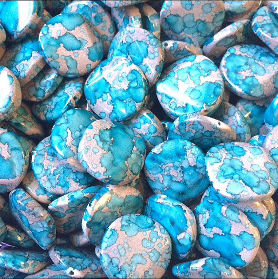 Freckled TURQUOISE BLUE Beads - Circular 26x26mm Large faceted acrylic nugget beads for bangle or jewelry making - Swoon & Shimmer - 1