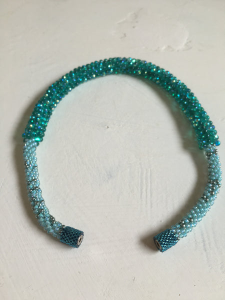 Beautiful hand-crafted necklace in turquoise