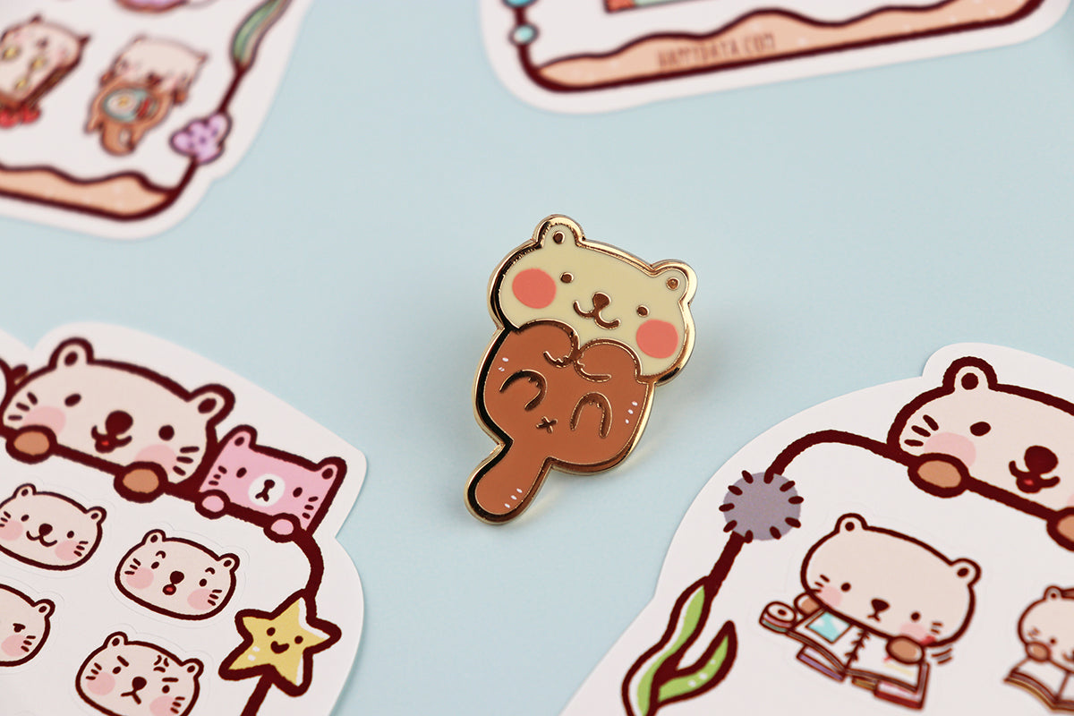 MP003: Sea otter pin
