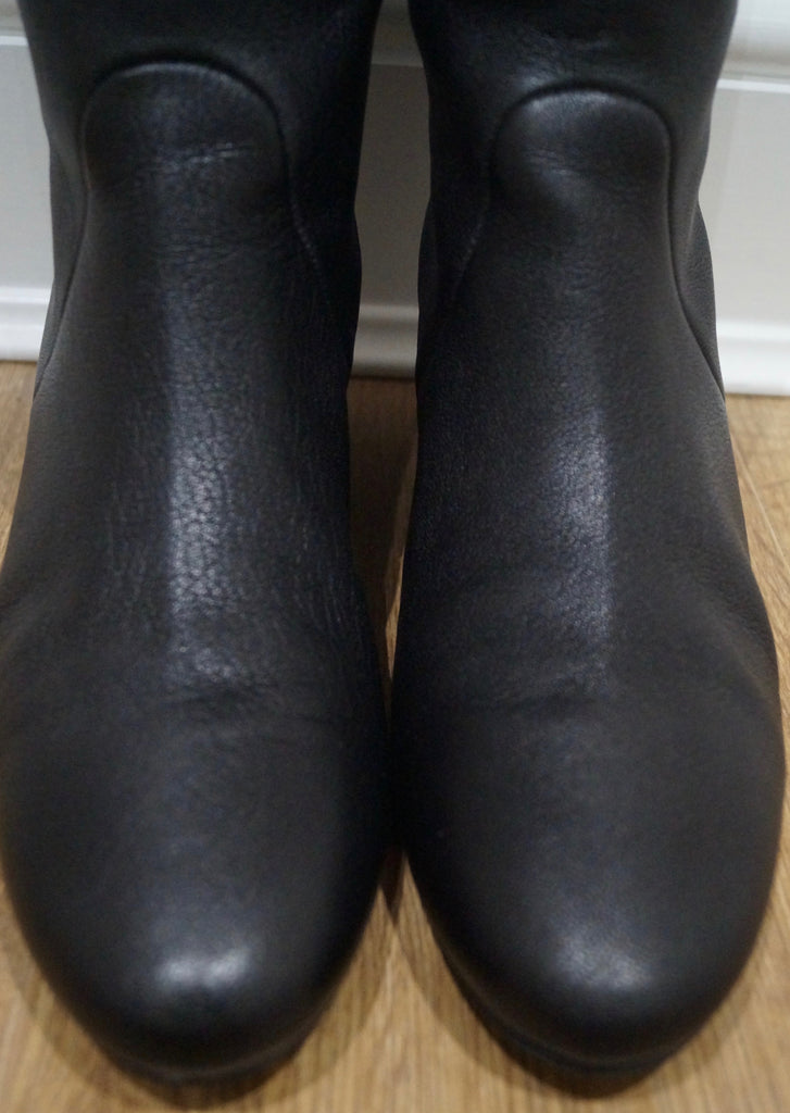 LANVIN PARIS Black Textured Leather Hidden Wedge Tall Knee Length Boots 40.5 UK7