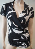 MAXMARA STUDIO Bold Black White Abstract Print Drape Neck Short Sleeve Top M