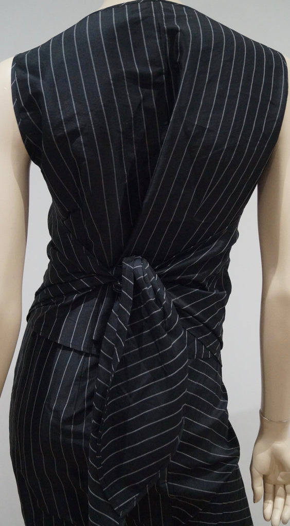 JASMINE Black & Grey Stripe Silk Wrap Sleeveless Tie Top Knee Length Skirt Suit