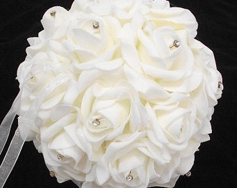 Rose Kissing Ball 14cm