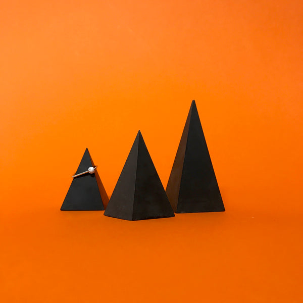 black pyramids (set of 3)