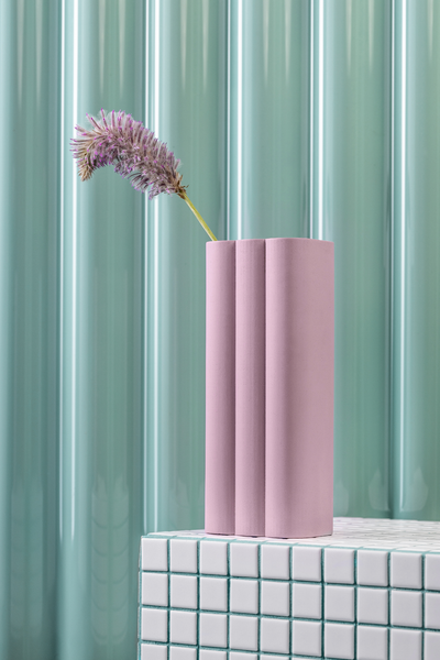 billow vase in lilac