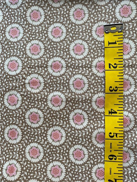 Fabric - Floral  - Pink Flowers in Circle of Leaves on Taupe Background