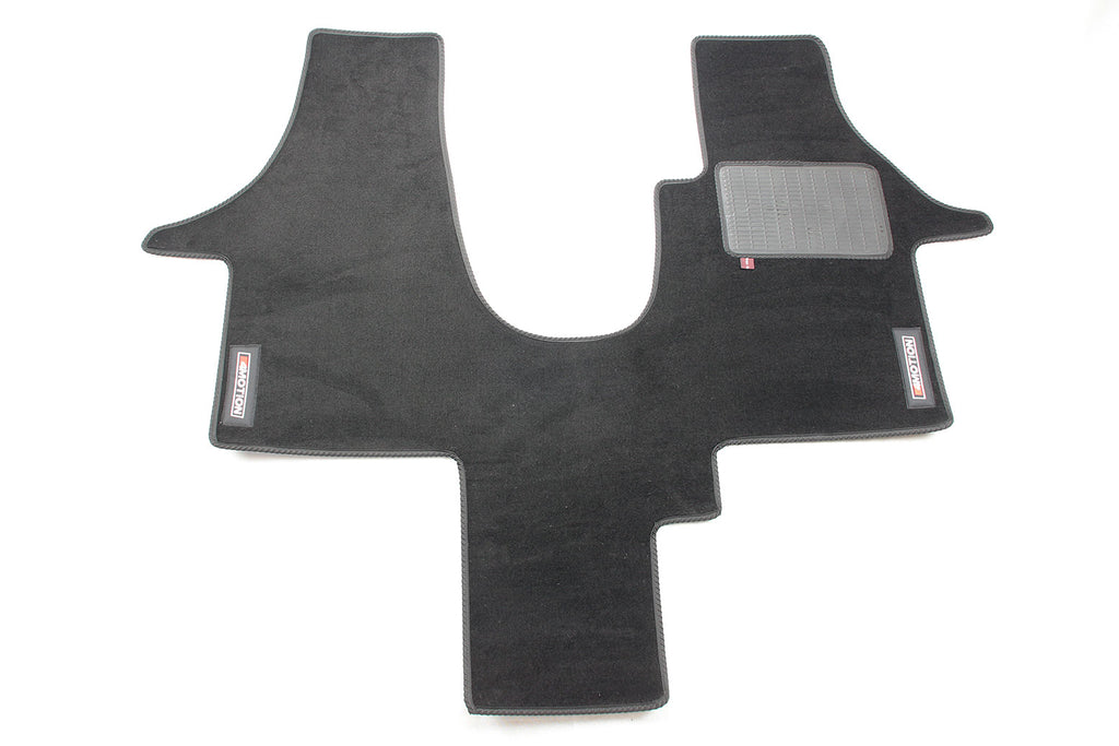 T5 Cab Mat 1+1 Seat with embroidered 4Motion logo.