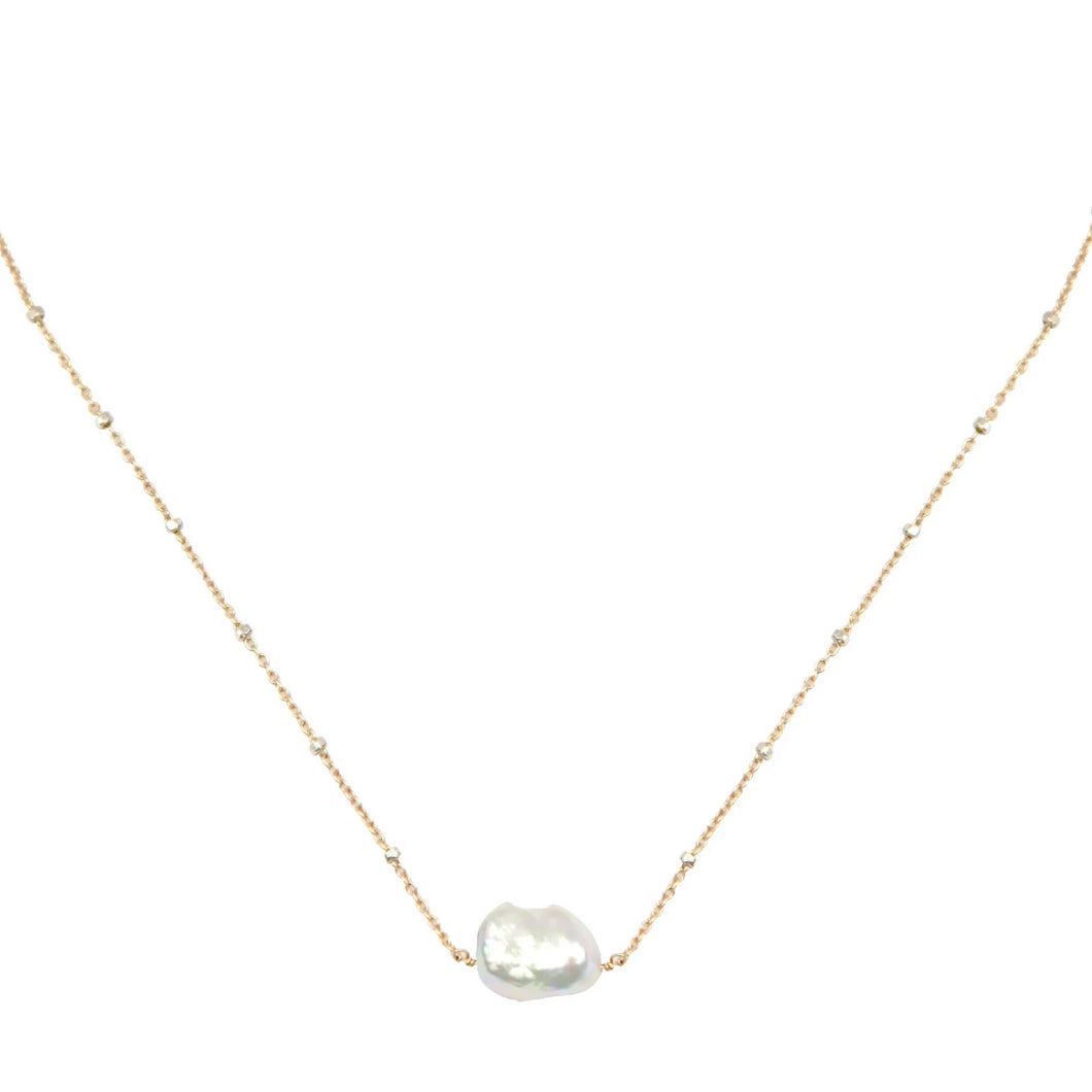 Ora Pearl necklace
