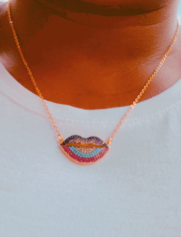 Kiss Me Necklace - Love Be Jewels