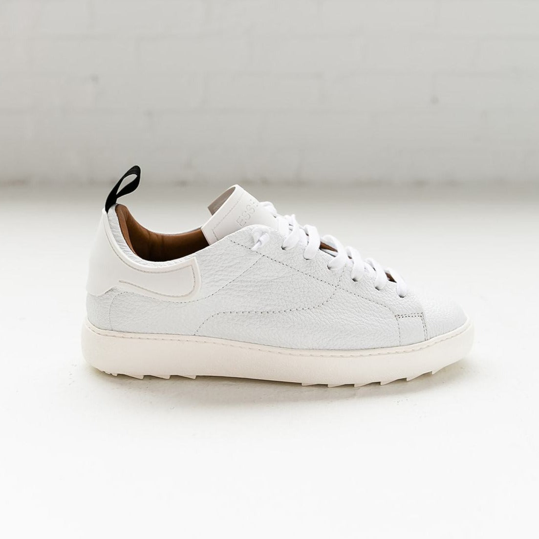 Esseutesse White Staple Leather Sneaker