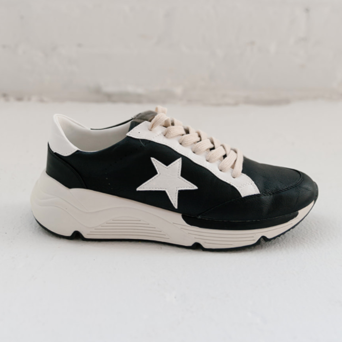 Staple Tomboy Runner Sneaker