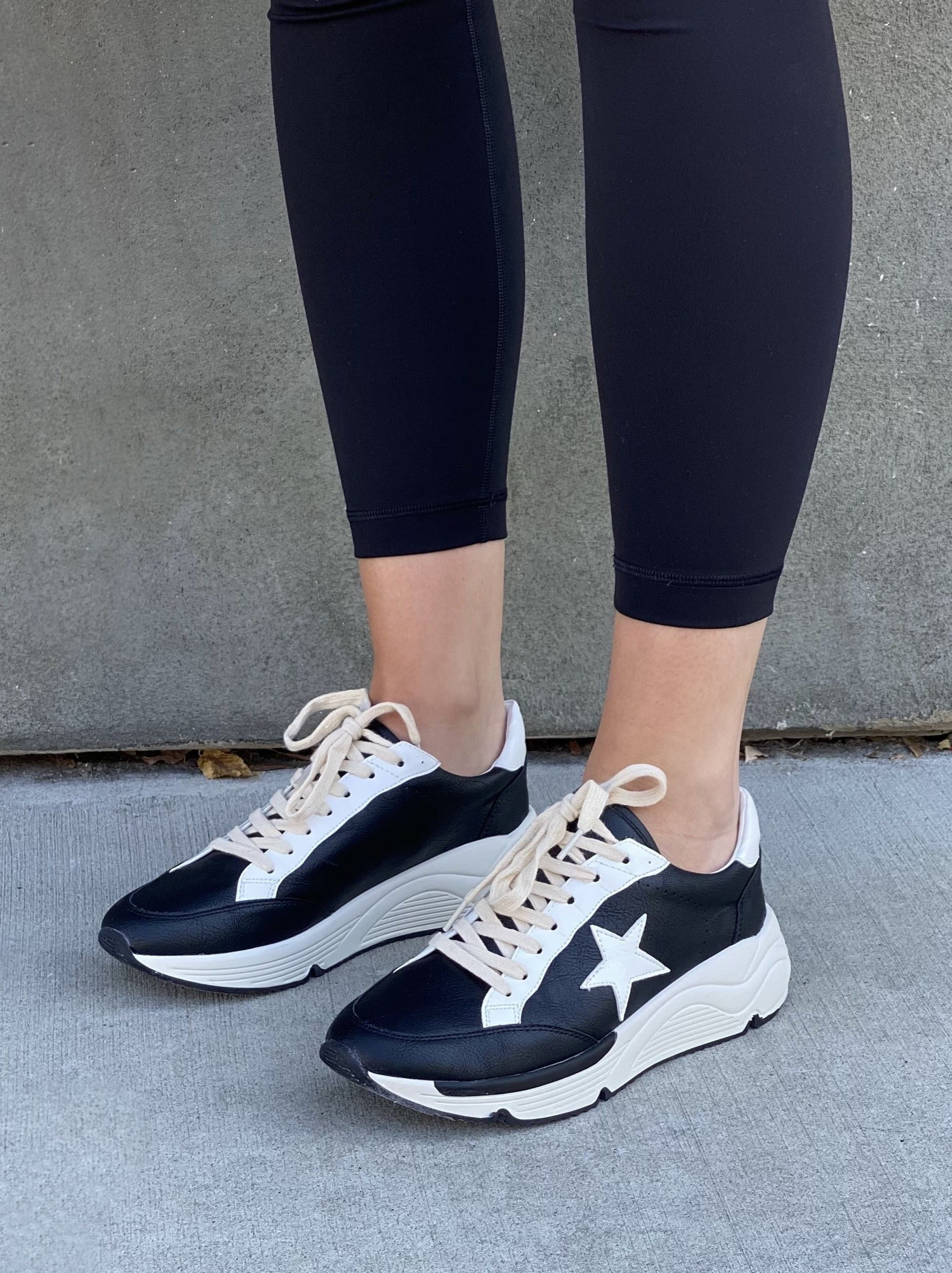 Staple Tomboy Runner Sneaker (PREORDER)
