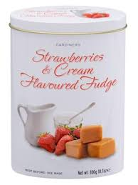 Strawberries & Cream Flavored Fudge Tin 300g