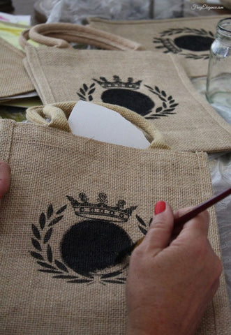 stenciled burlap bag project
