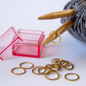Set of 15 Gold Circle Stitch Markers in Watermelon Pink Storage Box