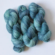 Load image into Gallery viewer, Surfs Up Blue Green Fingering Weight Sock Yarn in Extrafine Merino Wool Nylon Blend