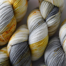 Load image into Gallery viewer, fingering weight gray and yellow merino