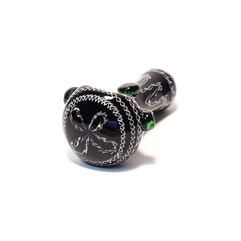 ZIG ZAG BLACK & WHITE GLASS PIPE