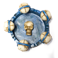 ASHTRAY - SKULLS W/ BLUE BASE