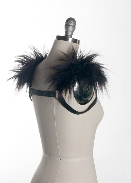 Gothic leather harness with faux fur shoulders - Side Back - Apatico