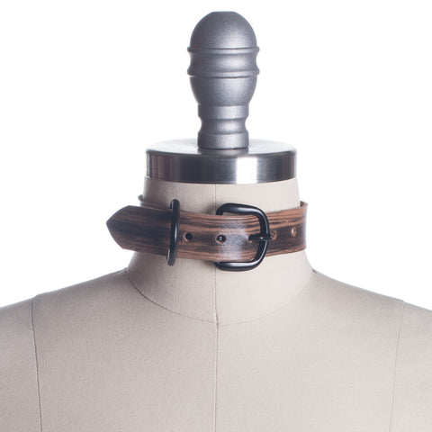 Woodgrain Roadhouse Choker Collar