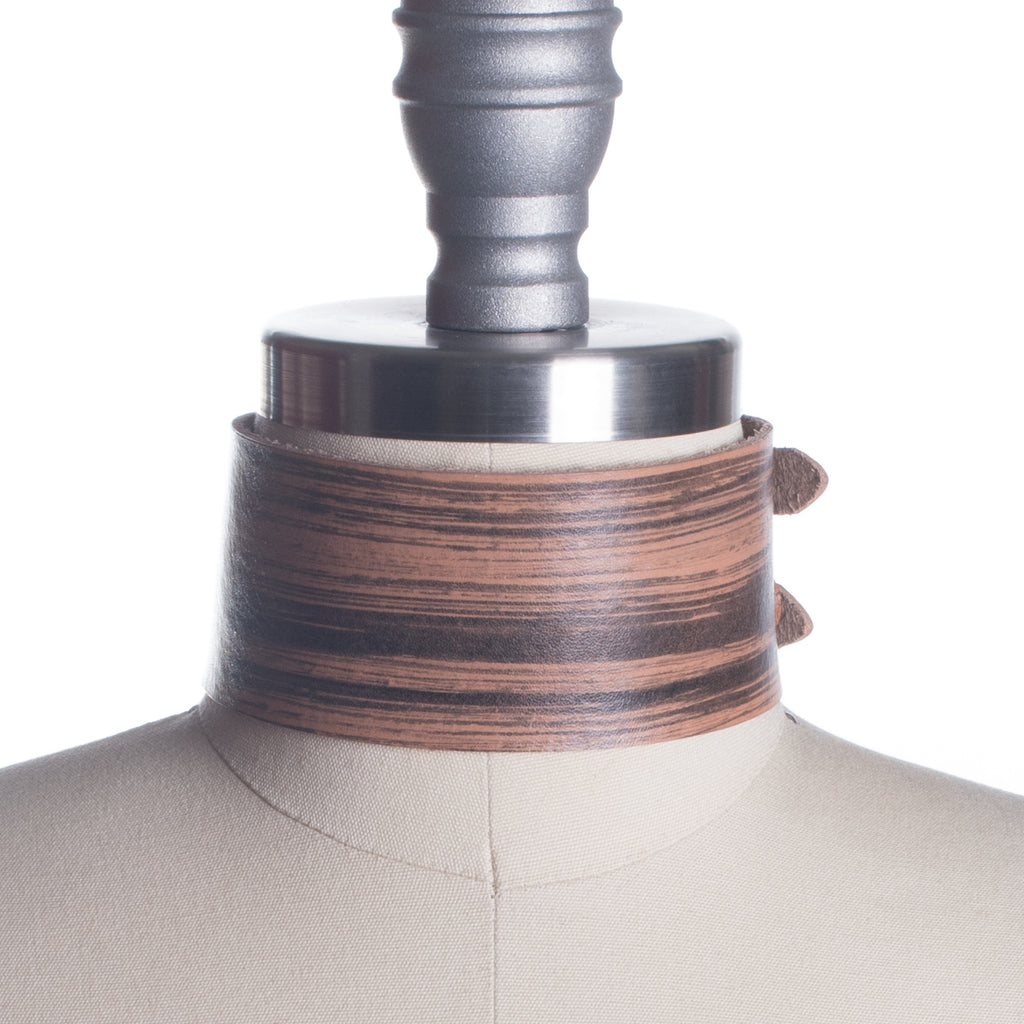 Hayward Woodgrain Choker Collar