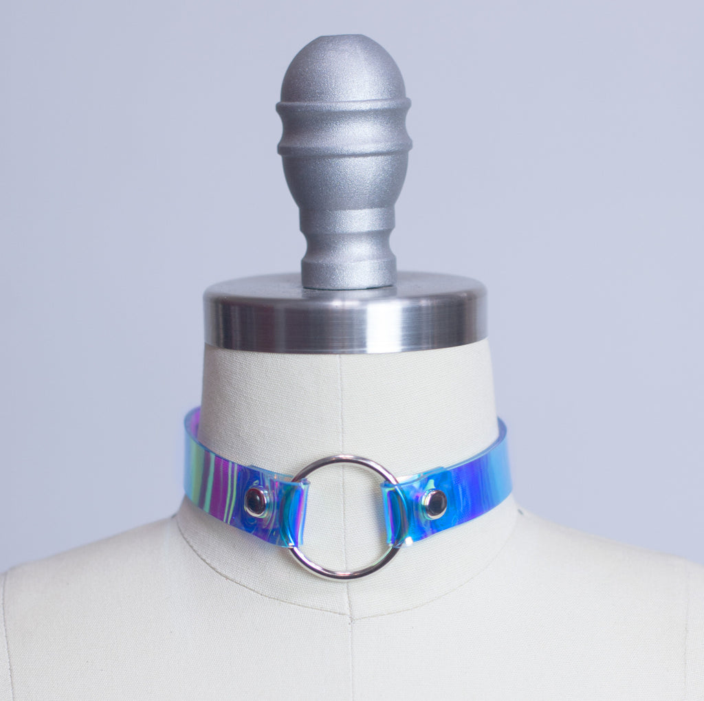 HOLOGRAPHIC OH MY CHOKER COLLAR - APATICO - 1