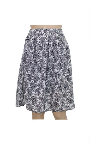 Black Floral Pleated Skirt [Size M]