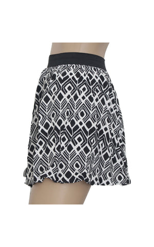 Cotton On Monochromatic Mini Skirt [Size XS] - VOWS Malaysia