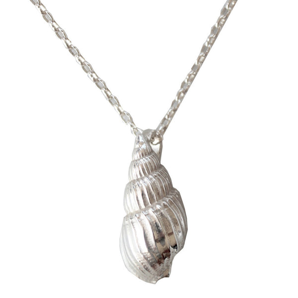 Short shell Necklace