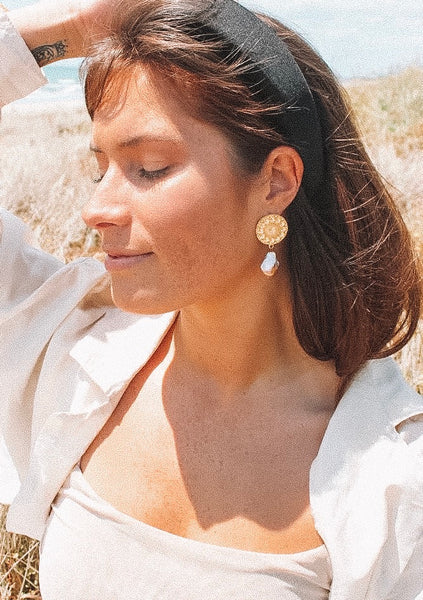 Delilah Pearl Earrings