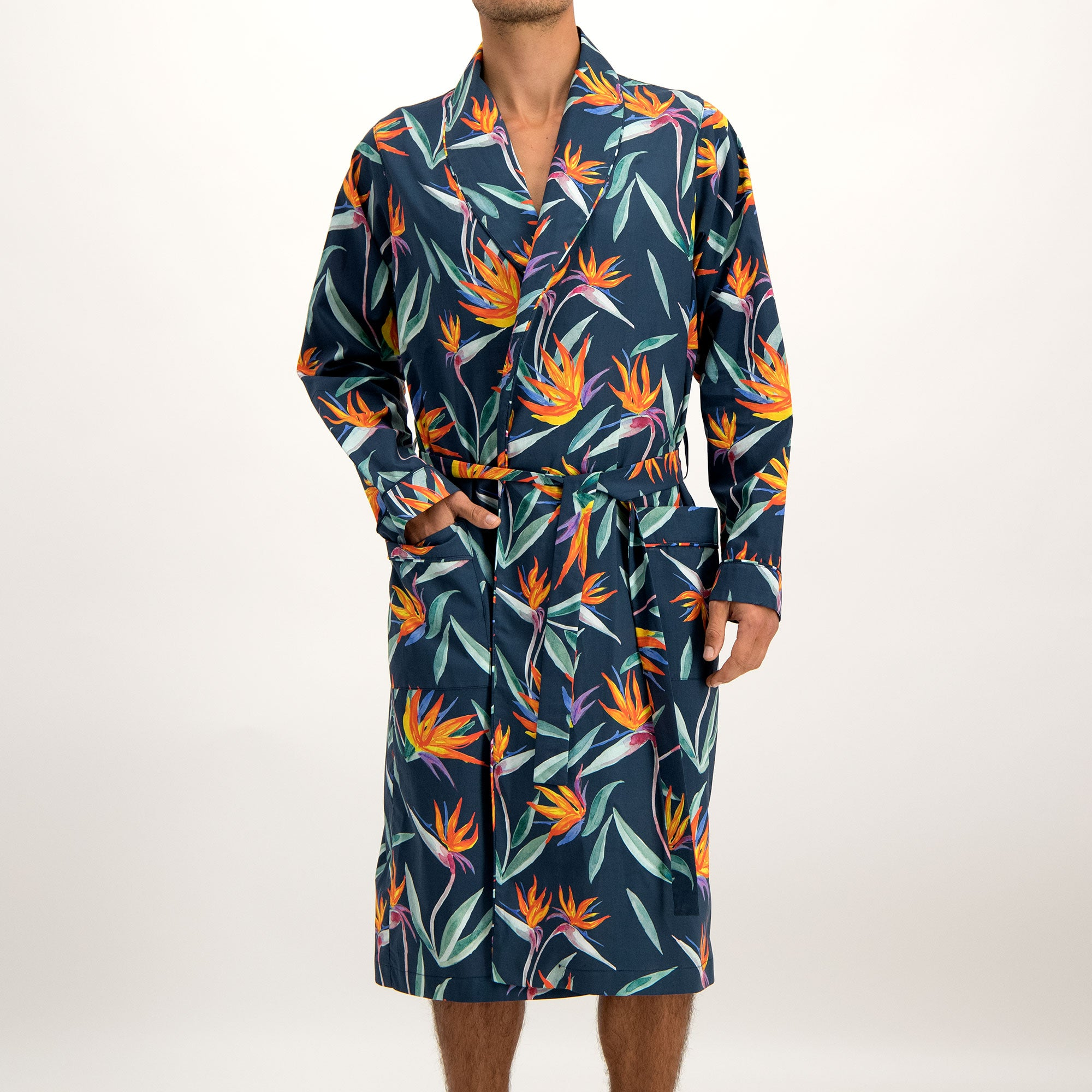 Mens Gown Strelitzia Black - Woodstock Laundry
