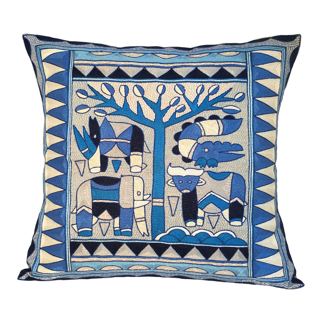 Delpht Animal under a Thorntree Cushion Cover