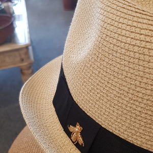 Fashionable trilby straw hat