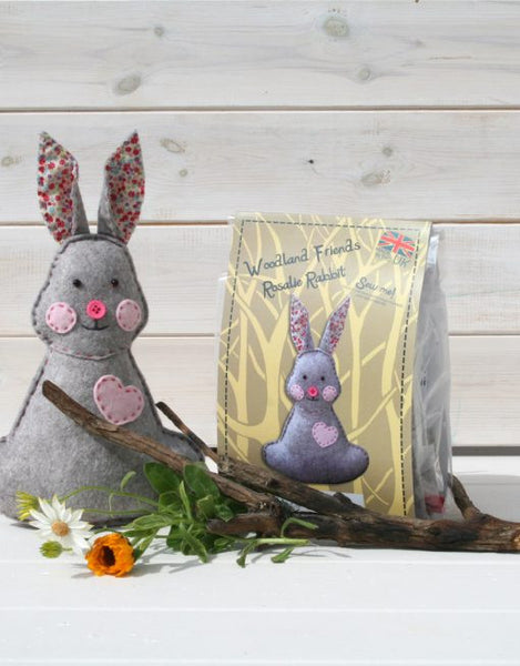 Woodland Rosalie Rabbit – Felt Sewing Kit - etui coterie