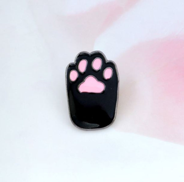 Cat's Paw Pin Badge