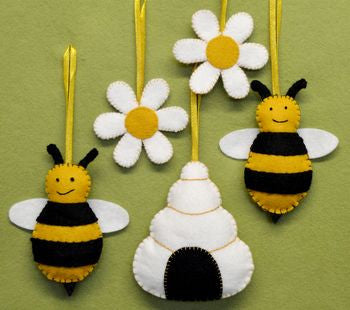 Bees, Hive And Flowers Felt Craft Kit - etui coterie