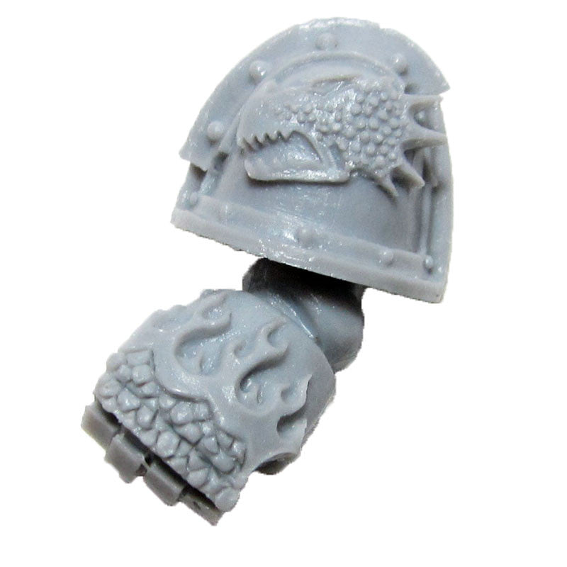 Warhammer 40K Forgeworld Space Marines Salamanders Pyroclasts Power Fist Left