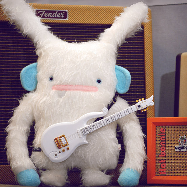 YetiBun wih Prince Cloud Guitar and Fender amp by Flat Bonnie