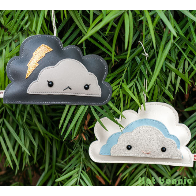 Flat-Bonnie-Handmade-Christmas-Ornament-Storm-Cloud-Rain-C5941-IG