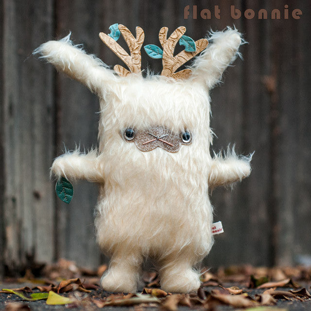 Flat-Bonnie-Jackalope-Plush-Stuffed-Animal-Common-Threads-C0098-640