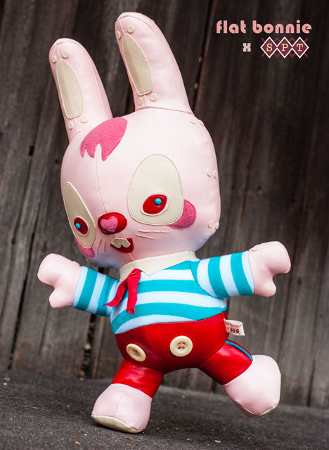 Flat-Bonnie-Mr-Pinkerton-Scott-Tolleson-Plush-bunny-stuffed-animal-C2534-640