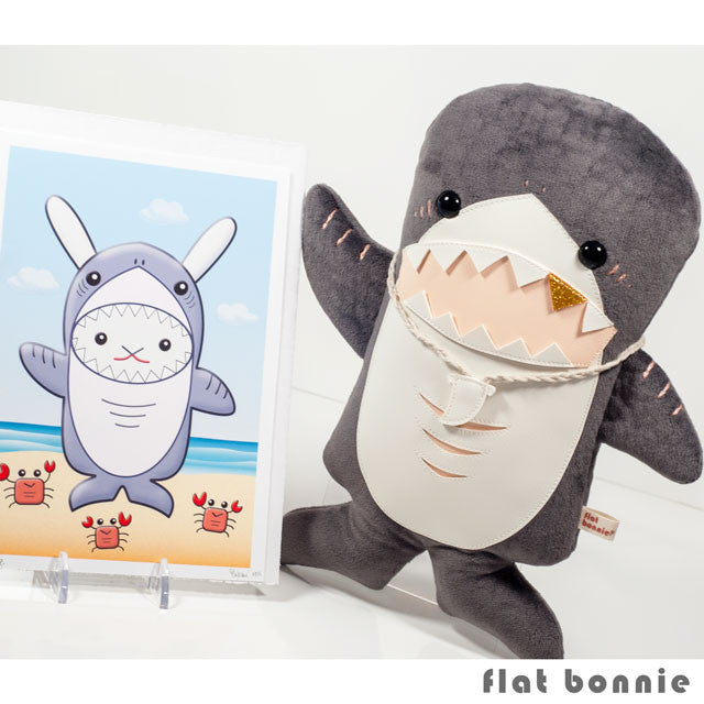 Flat-Bonnie-Shark-Stuffed-Animal-Gold-Tooth-Art-Print-C3378-IG