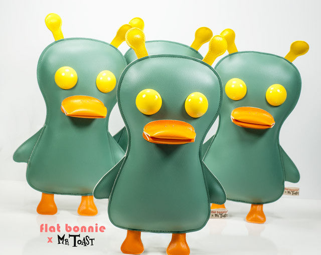 Flat-Bonnie-Space-Duck-Plush-Mr-Toast-C6046-SpaceDuck-640