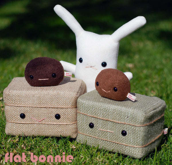 Bunny poop plush set - Bunny rabbit poo plushie - Plush Stuffed Animal Poop - Flat Bonnie - 3