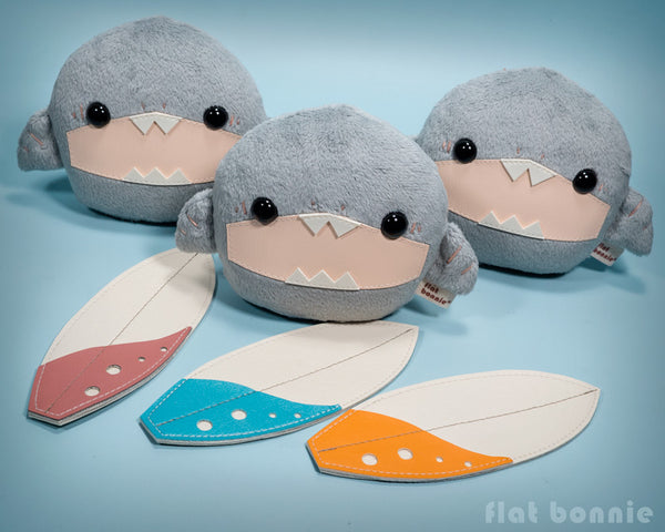 Baby shark stuffed animal - Surfing shark soft toy doll - Flat Bonnie 2