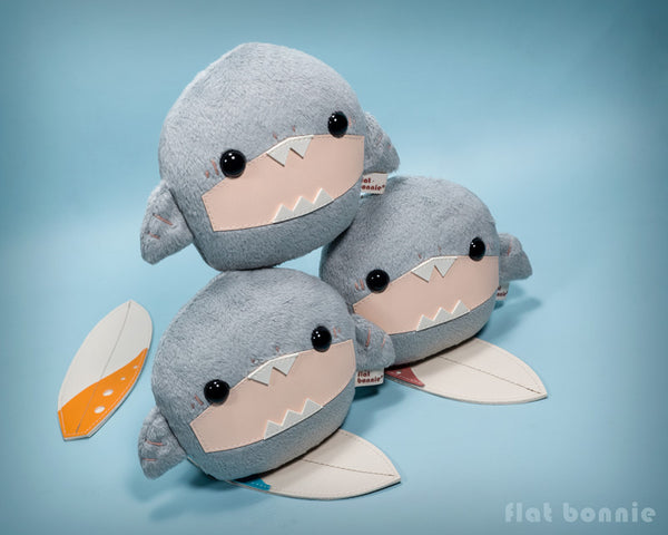 Baby shark stuffed animal - Surfing shark soft toy doll - Flat Bonnie 4