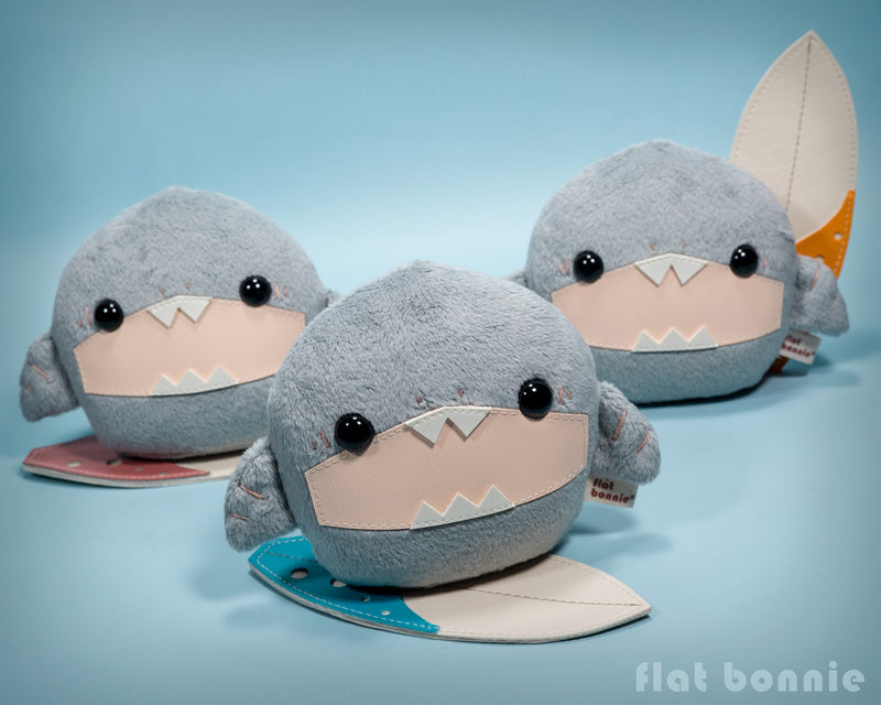Baby shark stuffed animal - Surfing shark soft toy doll - Flat Bonnie 1