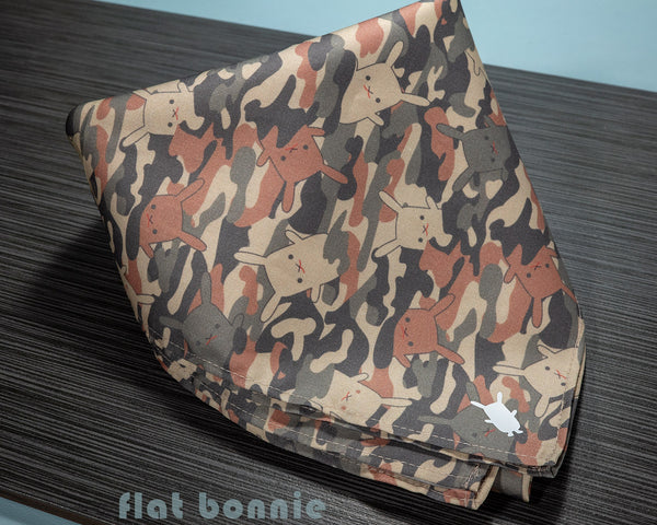 Flat-Bonnie-Bandana-face-covering-Como-3